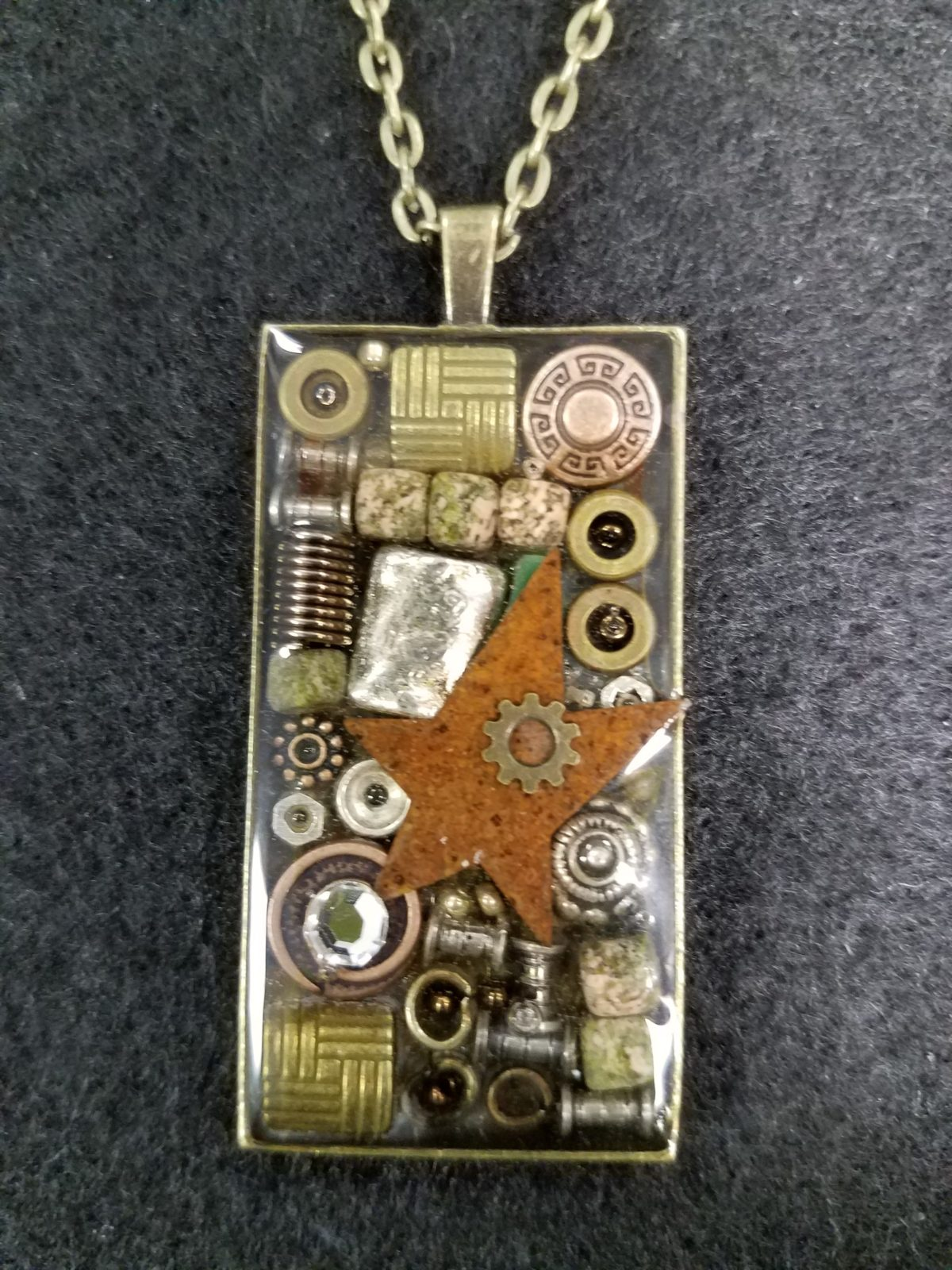 steampunk pendant resin